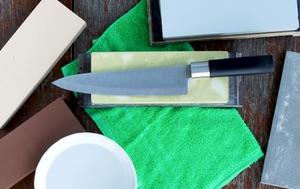 Der Schleifstein zum Schärfen der Kochmesser